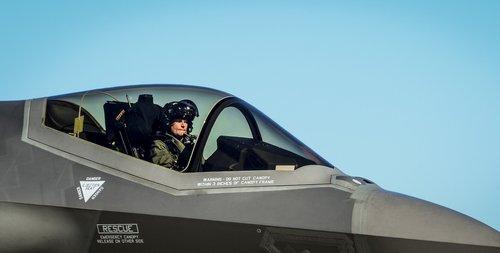 TÜRKİYE F-35 PROGRAMINDA ASKIYA ALINDI