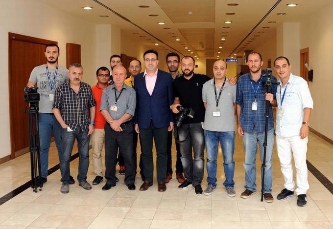 ayci_muhabirler